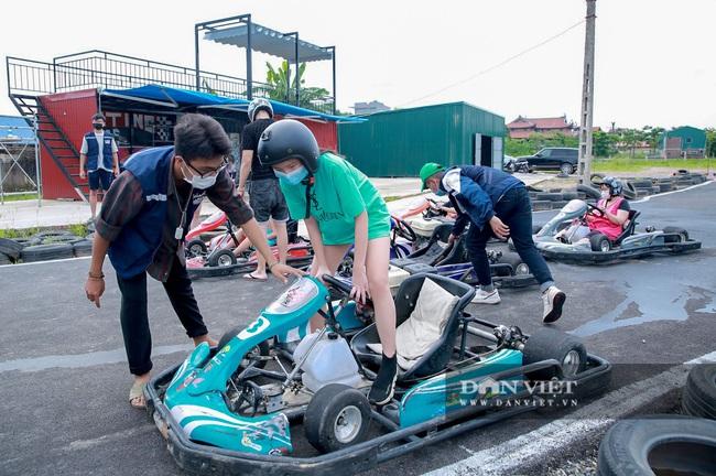 Trường đua F1 mini tại Hà Nội hút giới trẻ dịp cuối tuần - Ảnh 6.