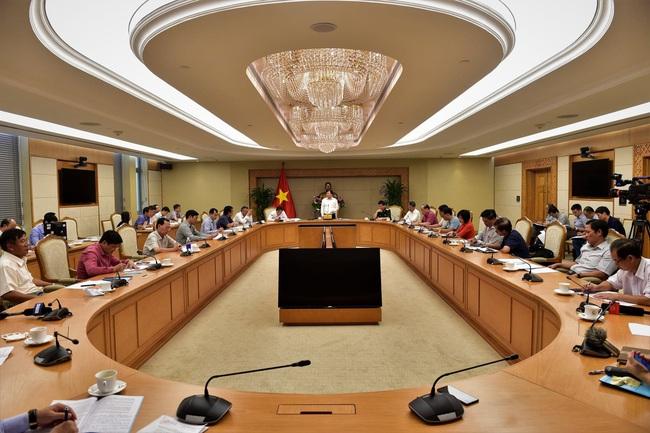 Phó Thủ tướng Trịnh Đình Dũng: Chống khai thác hải sản bất hợp pháp, cần đột phá nghề nuôi biển - Ảnh 2.