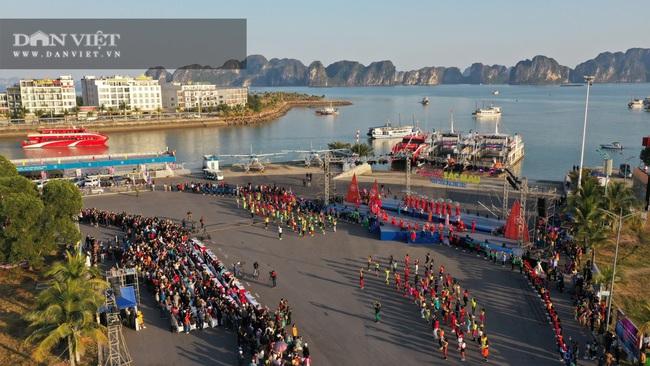 Quảng Ninh tổ chức Carnaval mùa Đông rực rỡ trên đảo Tuần Châu - Ảnh 3.