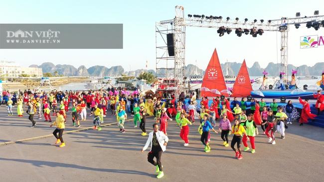 Quảng Ninh tổ chức Carnaval mùa Đông rực rỡ trên đảo Tuần Châu - Ảnh 4.