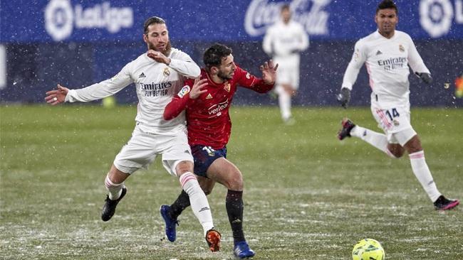 Real Madrid bị cầm hòa, HLV Zidane bực bội đổ lỗi cho... thời tiết - Ảnh 1.