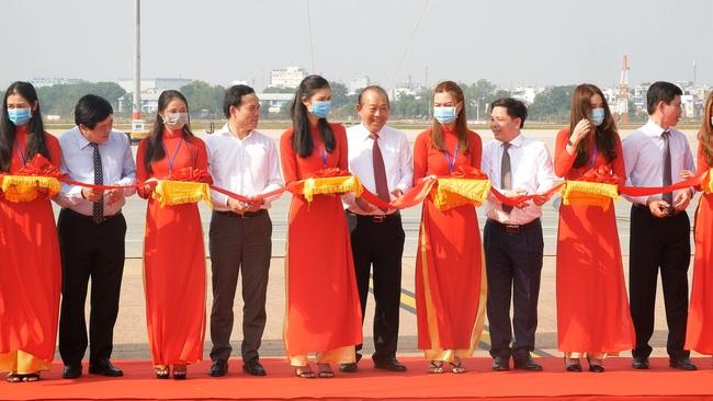 Khánh thành đường băng hơn 2.000 tỷ đồng tại sân bay Quốc tế Tân Sơn Nhất - Ảnh 5.