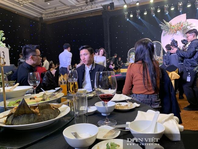 Quang Hải, Văn Toàn, Đình Trọng quẩy cực sung trong đám cưới Bùi Tiến Dũng - Ảnh 14.