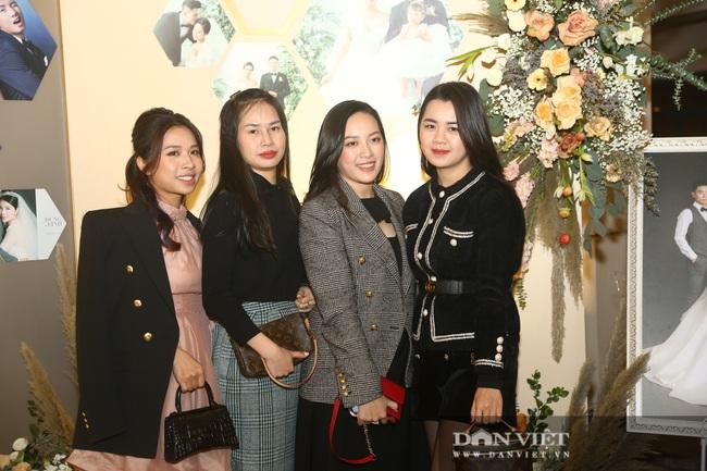 Quang Hải, Đình Trọng đến dự đám cưới Bùi Tiến Dũng - Ảnh 12.