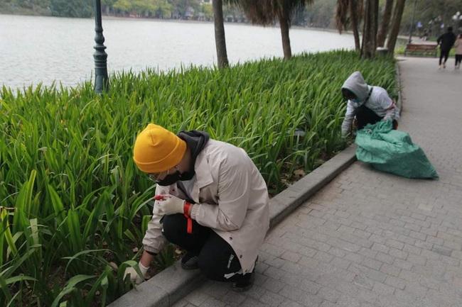 Green Life và Wiibike Việt Nam tổ chức đạp xe trợ lực điện thu gom rác tại Bờ Hồ - Ảnh 4.