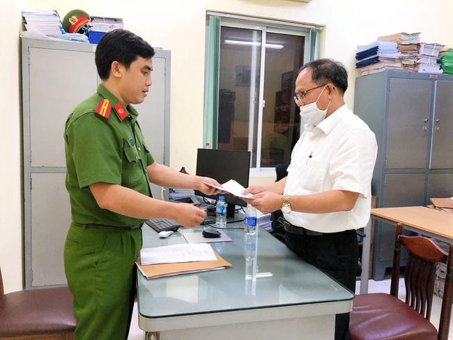 Đề nghị truy tố ông Tất Thành Cang nguyên Phó Bí thư Thường trực Thành ủy TP.HCM cùng đồng phạm - Ảnh 2.