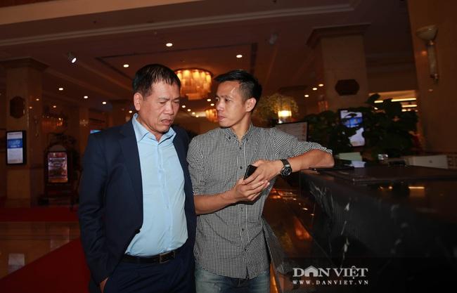 Cầu thủ trẻ Bùi Hoàng Việt Anh được vinh danh - Ảnh 2.
