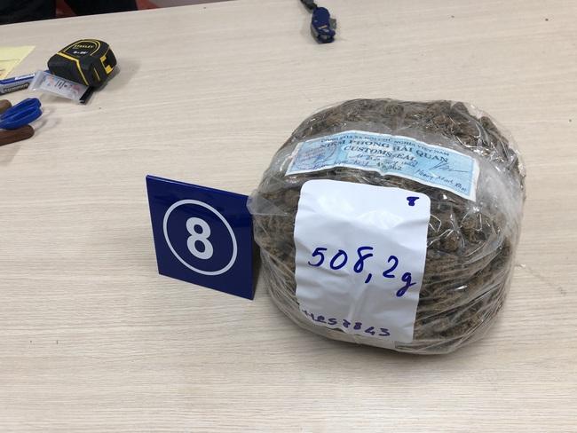 Hơn 31 kg ma túy trong các kiện hàng nhập khẩu gửi qua đường chuyển phát nhanh, bưu chính - Ảnh 7.