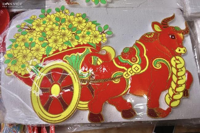 Đà Nẵng: Đồ trang trí hình linh vật năm Tân Sửu hút hàng dịp Tết - Ảnh 2.