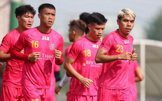 """""""Sếp"""" Sài Gòn FC ví Đoàn Văn Hậu là """"gà chiến"""", muốn có cả """"đàn gà"""" - Ảnh 3."""