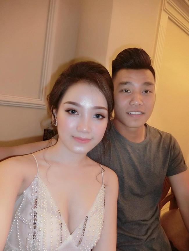4 nàng WAG Việt chuộng phong cách ăn mặc sexy, quyến rũ? - Ảnh 9.
