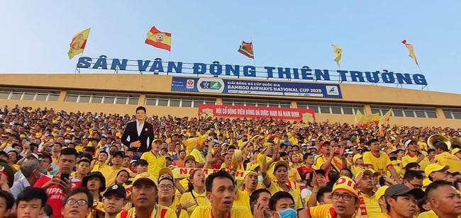 CĐV Nam Định làm nóng Thiên Trường trước trận khai mạc V.League - Ảnh 4.