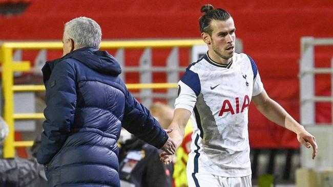 Mourinho khẳng định Bale dự bị vì chưa có phong độ tốt.