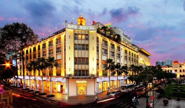 Nhiều khách sạn 5 sao hot nhất Sài Gòn đại hạ giá, chỉ còn chưa đến 1 triệu/đêm - Ảnh 1.