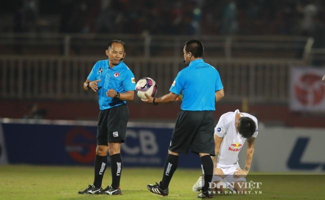 Công Phượng ôm mặt tiếc nuối trong trận ra quân V.League thất bại - Ảnh 6.