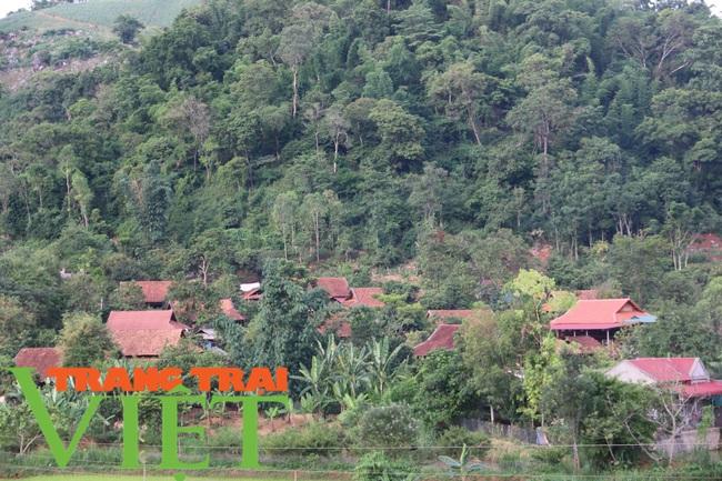Xã Nà Bó gìn giữ và phát huy tốt các tiêu chí nông thôn mới - Ảnh 2.