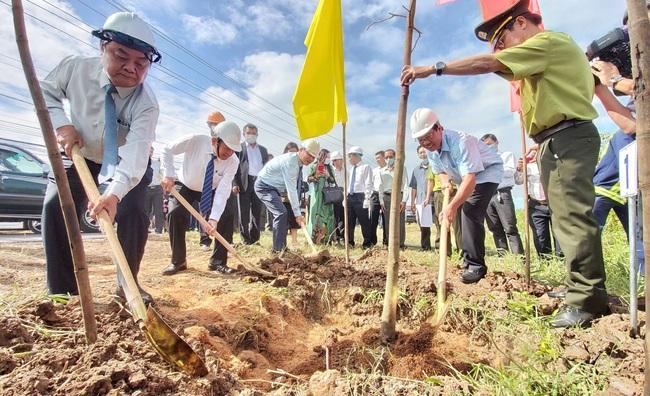 Thủ tướng gửi thư khen Bến Tre hưởng ứng trồng cây - Ảnh 1.