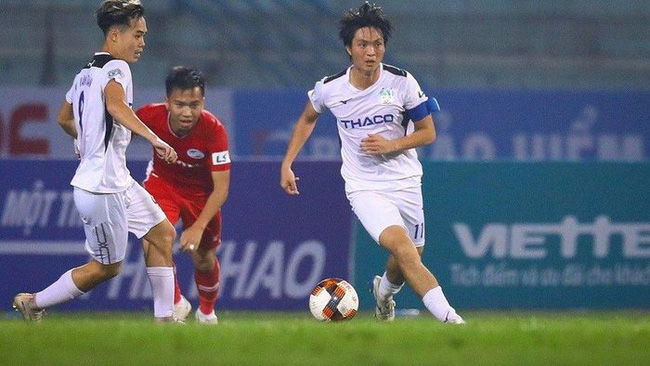 "Tin sáng (19/1): HLV Kiatisak nhận tin cực vui từ ""Ronaldinho Việt Nam""  - Ảnh 2."