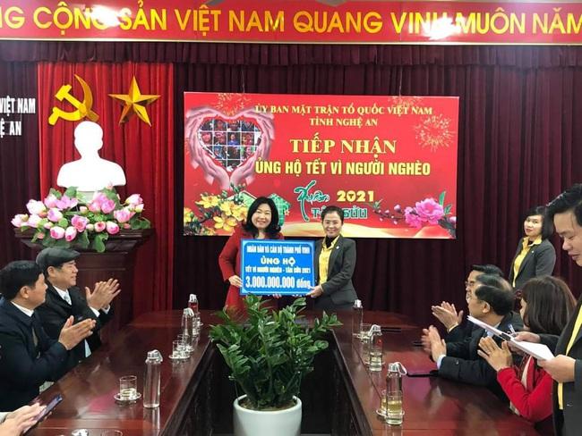 Nghệ An: Tiếp nhận gần 83,17 tỷ đồng ủng hộ Tết vì người nghèo - Ảnh 1.
