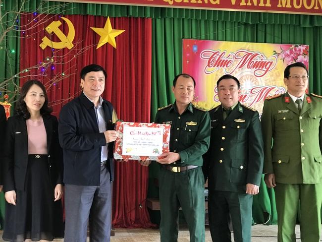 Bí thư Tỉnh ủy Đắk Lắk: Cán bộ chiến sĩ biên phòng cần tăng cường bảo vệ Đại hội Đảng, phòng chống dịch Covid-19 - Ảnh 1.