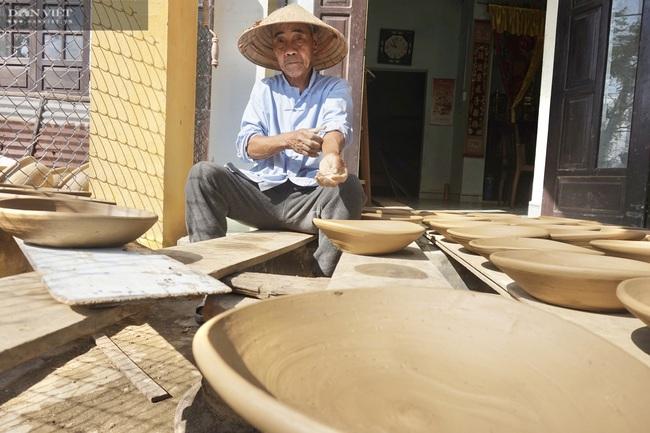 Quảng Nam: Cận Tết Nguyên đán 2021, làng gốm hơn 500 năm tuổi vẫn đìu hiu - Ảnh 7.