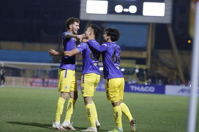 """Hà Nội FC: Đội bóng sở hữu nhiều cầu thủ """"khổng lồ"""" nhất tại V.League - Ảnh 1."""