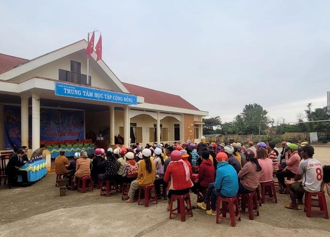 Tập đoàn De Heus, Tập đoàn Hùng Nhơn tặng quà tết cho hộ nghèo Đắk Lắk, tài trợ 500 triệu đồng xây cầu - Ảnh 4.