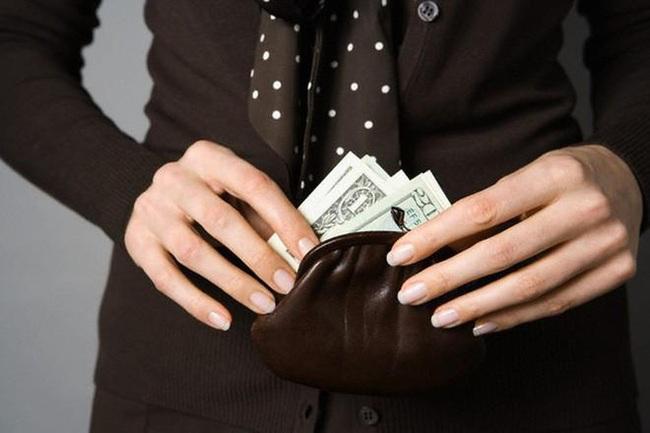 """Khi người khác hỏi vay tiền, có 3 việc nhất định phải nhớ để không bao giờ rơi vào cảnh """"quỳ xuống đòi nợ"""" - Ảnh 2."""