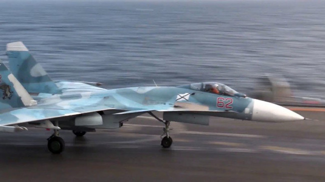 Không ngờ Nga từng tụt hậu so với Mỹ về tàu sân bay thế này! - Ảnh 1.