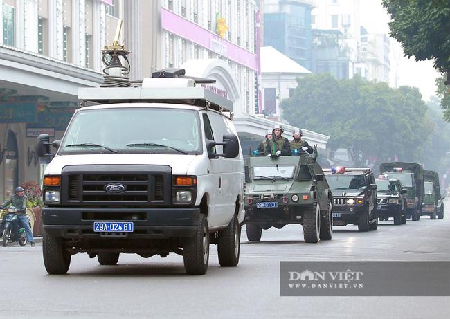 Công an Hà Nội ra quân bảo vệ Đại hội Đảng XIII - Ảnh 4.