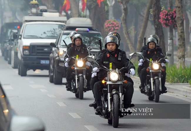 Công an Hà Nội ra quân bảo vệ Đại hội Đảng XIII - Ảnh 7.