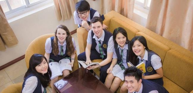 TP.HCM: Vì sao 4 trường quốc tế phải dừng chương trình nước ngoài? - Ảnh 1.