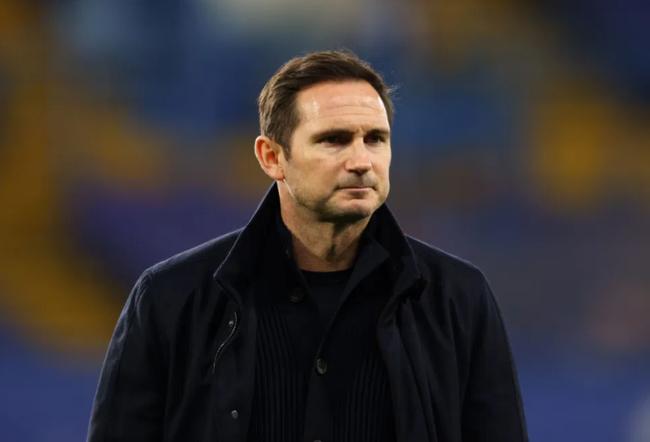 Lampard chỉ còn 3 trận để giữ ghế.