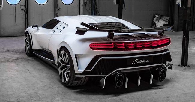 Siêu xe Bugatti Centodieci của Cristiano Ronaldo: Giá 254 tỷ, thế giới chỉ có 10 chiếc - Ảnh 9.