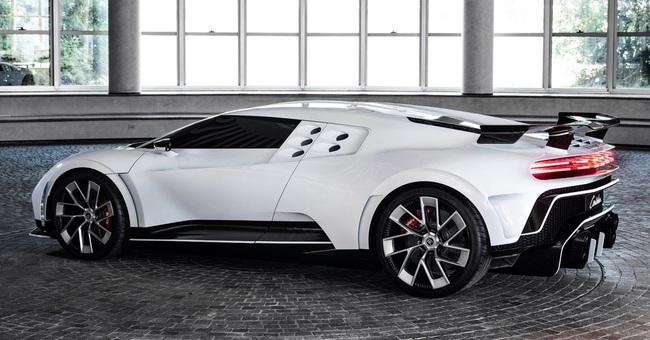 Siêu xe Bugatti Centodieci của Cristiano Ronaldo: Giá 254 tỷ, thế giới chỉ có 10 chiếc - Ảnh 4.