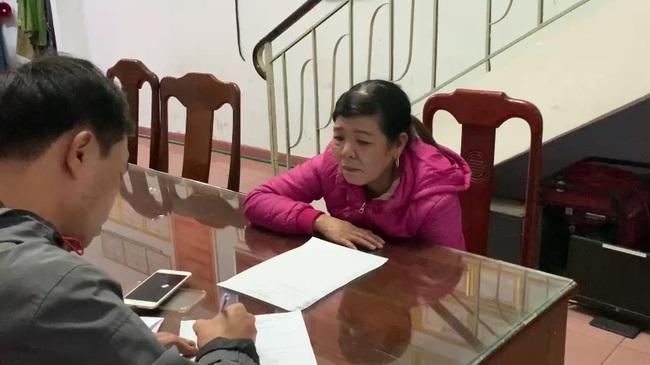 """Huế: Nữ siêu trộm chợ Đông Ba """"cõng"""" 6 tiền án tiếp tục bị bắt giữ  - Ảnh 1."""