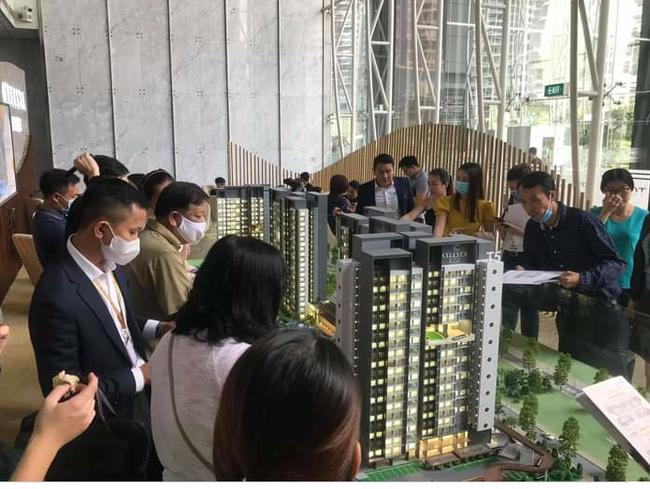 Năm 2021, giá bất động sản ở TP.HCM và Hà Nội sẽ tăng bao nhiêu? - Ảnh 1.