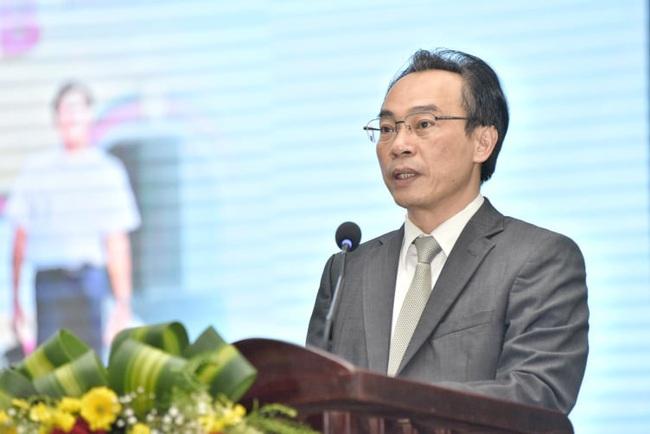 Hàng ngàn học sinh nô nức tham dự ngày hội tư vấn tuyển sinh 2021 - Ảnh 1.