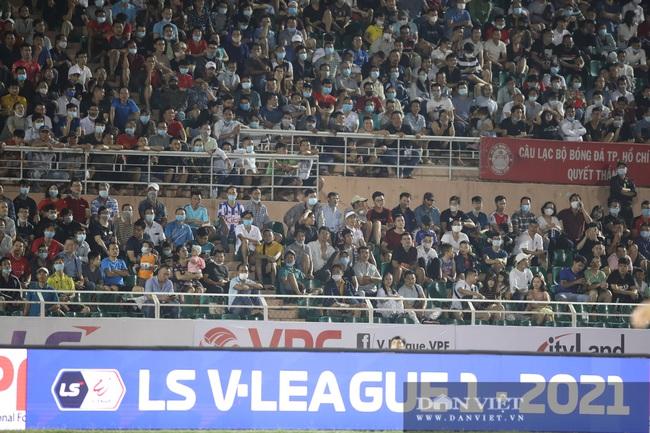 Lee Nguyễn có màn ra mắt ấn tượng, CLB TP.HCM thắng trận - Ảnh 4.