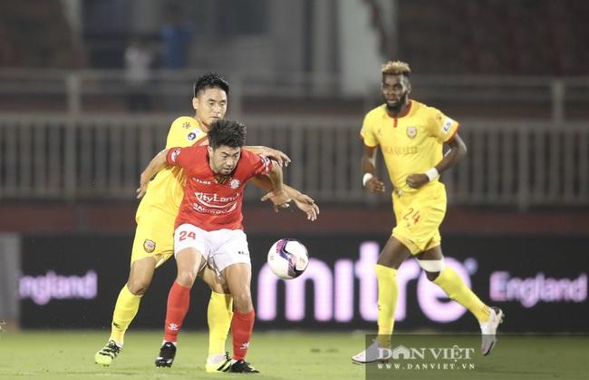 Lee Nguyễn có màn ra mắt ấn tượng, CLB TP.HCM thắng trận - Ảnh 6.