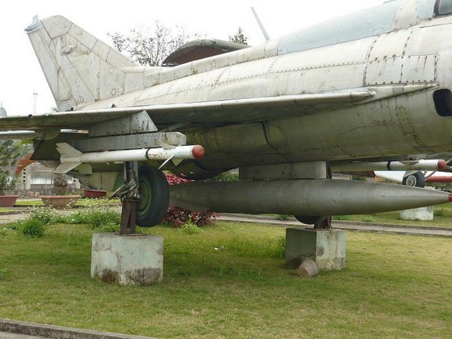 MiG-21 của Việt Nam từng có khả năng cất cánh bằng tên lửa trợ lực - Ảnh 2.