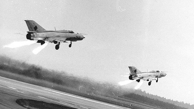 MiG-21 của Việt Nam từng có khả năng cất cánh bằng tên lửa trợ lực - Ảnh 5.