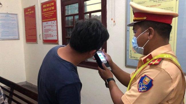 Tài xế sử dụng ma túy, vi phạm nồng độ cồn bị phạt 70 triệu tại Đà Nẵng - Ảnh 1.