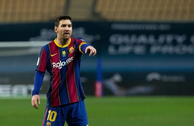 """Lionel Messi đang trở thành """"gánh nặng"""" tại Barca? - Ảnh 1."""