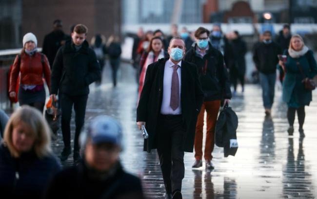 Sinh viên Anh bức xúc do không được đến trường mà vẫn phải đóng học phí - Ảnh 5.