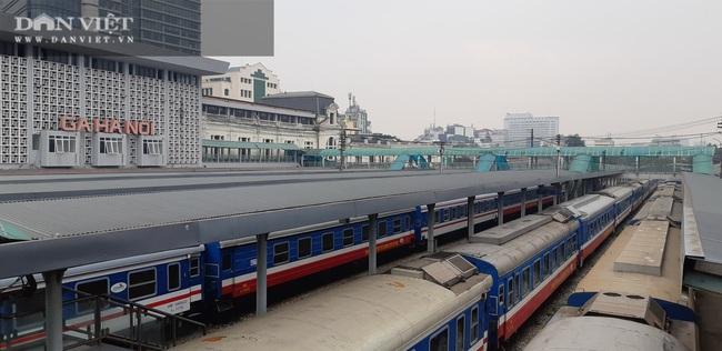 Đường sắt tạm dừng chạy tàu từ Hà Nội - Lào Cai phòng dịch Covid-19 - Ảnh 1.
