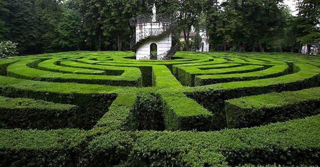 Phá giải những bí ẩn của người đàn ông tạo ra hàng trăm mê cung trên toàn thế giới - Ảnh 7.