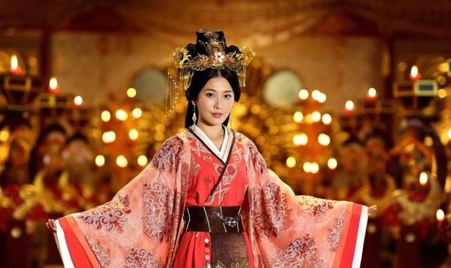 """Những màn cung đấu khốc liệt trong lịch sử Trung Hoa khiến người đời sau """"khóc thét"""" vì độ tàn độc của các mỹ nữ - Ảnh 1."""