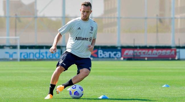 Arthur chưa thể hiện được nhiều ở Juventus.
