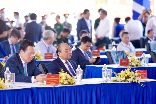"""Toàn bộ hình ảnh Thủ tướng Nguyễn Xuân Phúc """"bấm nút"""" khởi công xây dựng sân bay Long Thành - Ảnh 9."""